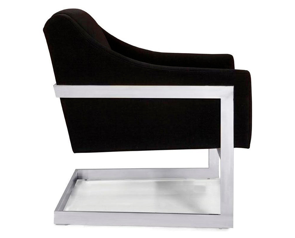 Black | Younger Leo Chair
