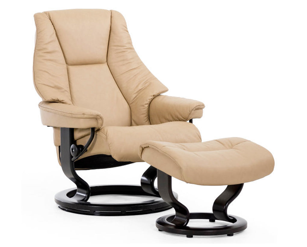 Paloma Sand | Stressless Live Classic Recliner