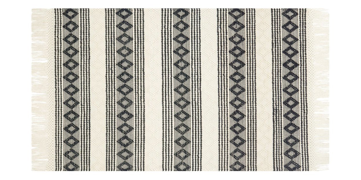 Ivory/Black | Loloi Holloway rug