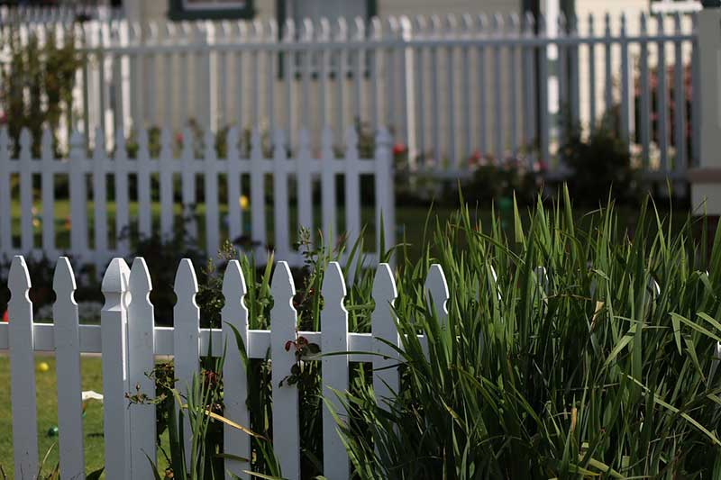 Types Of Yard Fencing