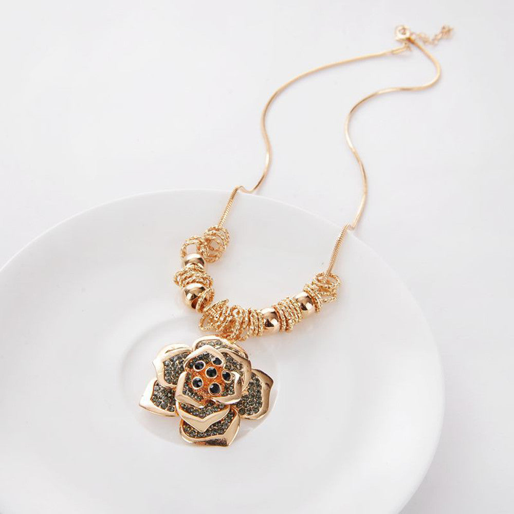 Women Necklaces Exquisite Roses Hollow Chain Sweater Long Chain Necklace  - handwristband