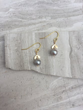 Chevron Pearl Earrings, gold