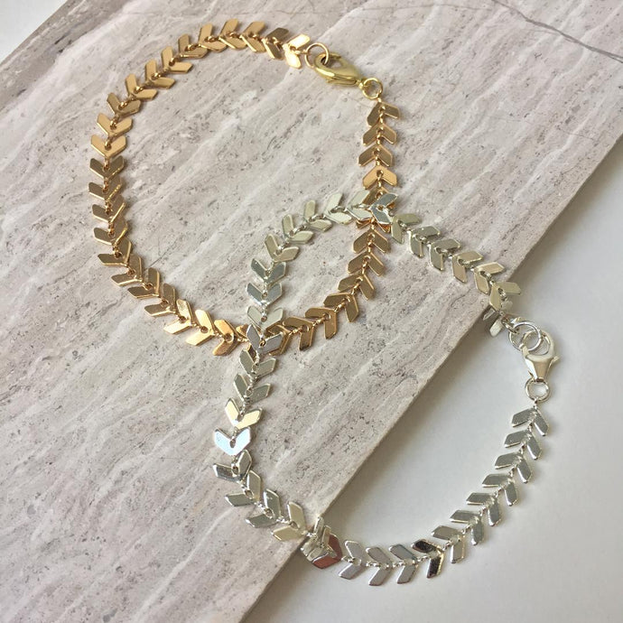 Chevron chain Bracelet — Gold or Silver