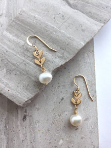 Double Chevron and Pearl Earrings, gold