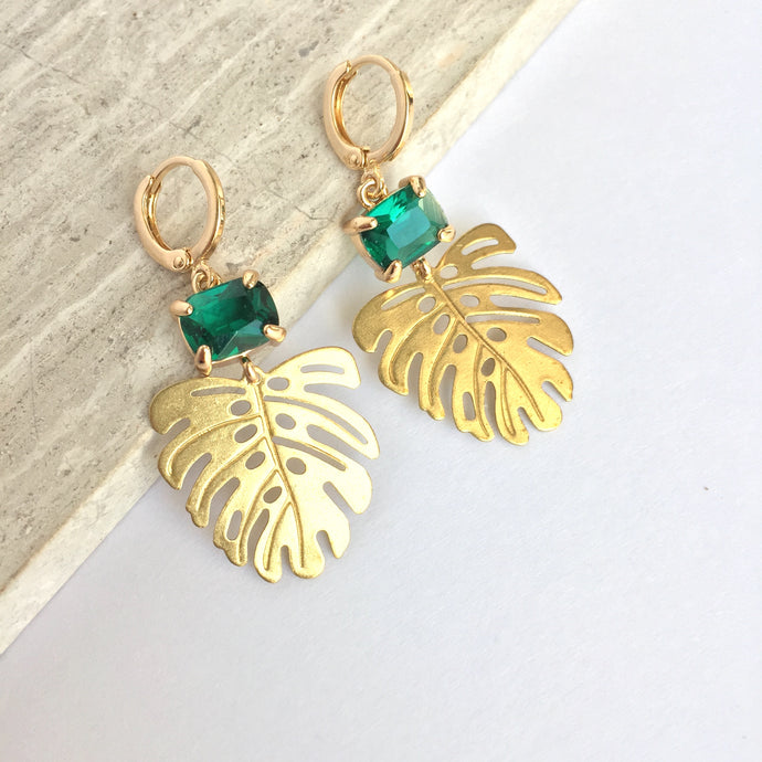 Emerald Green Stone & Monstera Leaf Charm Earrings