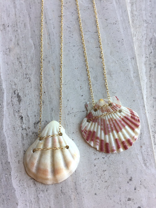 Hawaii Shell Necklace, both red and white necklaces