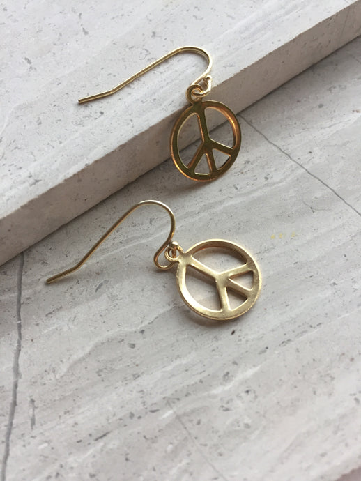 Peace sign earrings, gold
