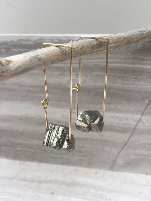 Pyrite Rectangle Earrings, gold, natural —hanging