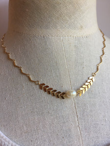 RickRac Chevron Pearl Necklace