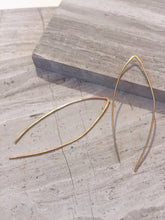 Threader Earrings — Gold