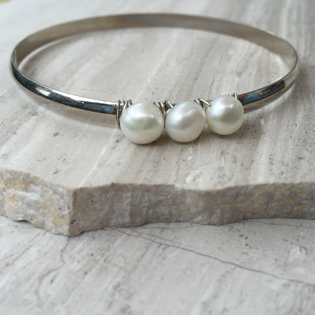 White Pearl — Silver Bangle Bracelet, single