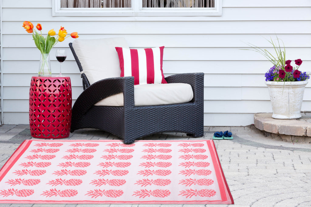 DII Coral Pineapple Outdoor Rug