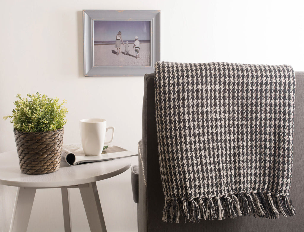 DII Mineral Houndstooth Throw