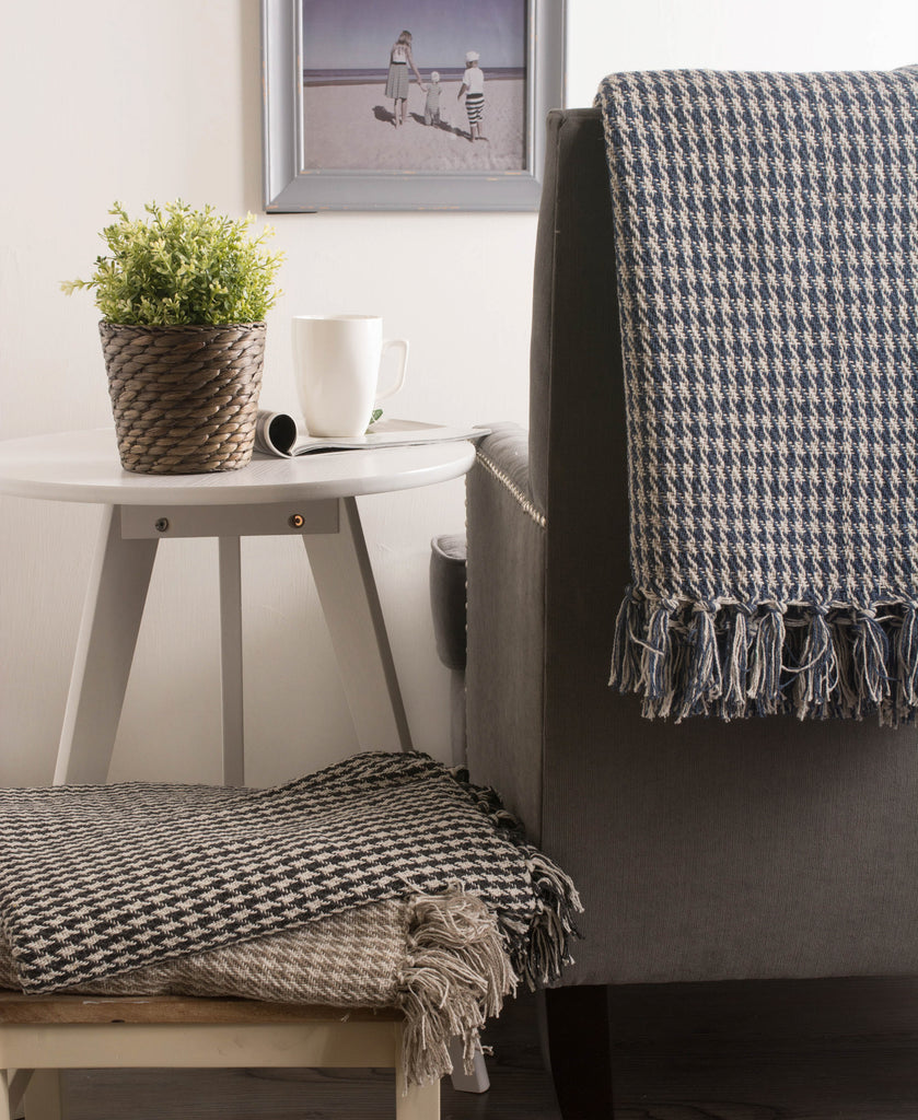DII Stone Houndstooth Throw