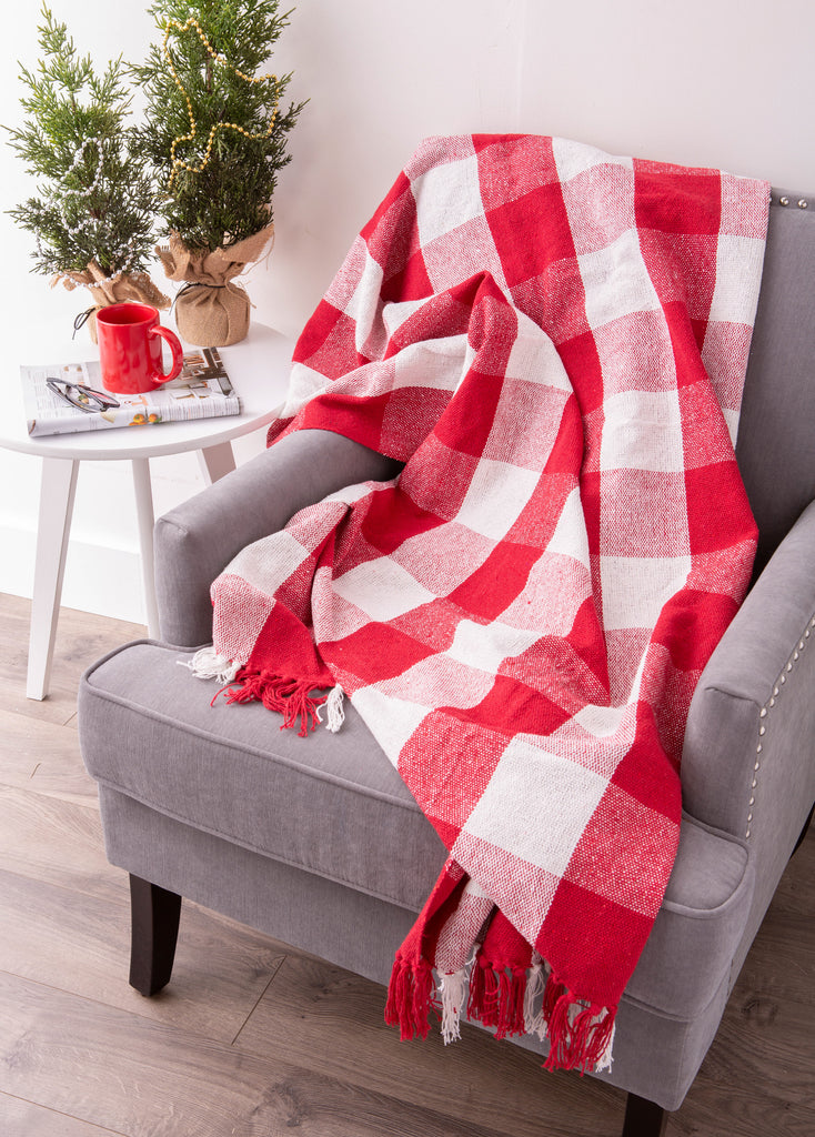 DII Red & White Buffalo Check Throw