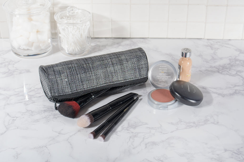 DII Black Round Cosmetic Bag