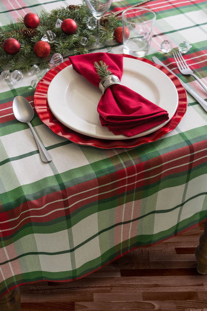 DII Tablecloth Cozy Christmas Plaid, 52x90""