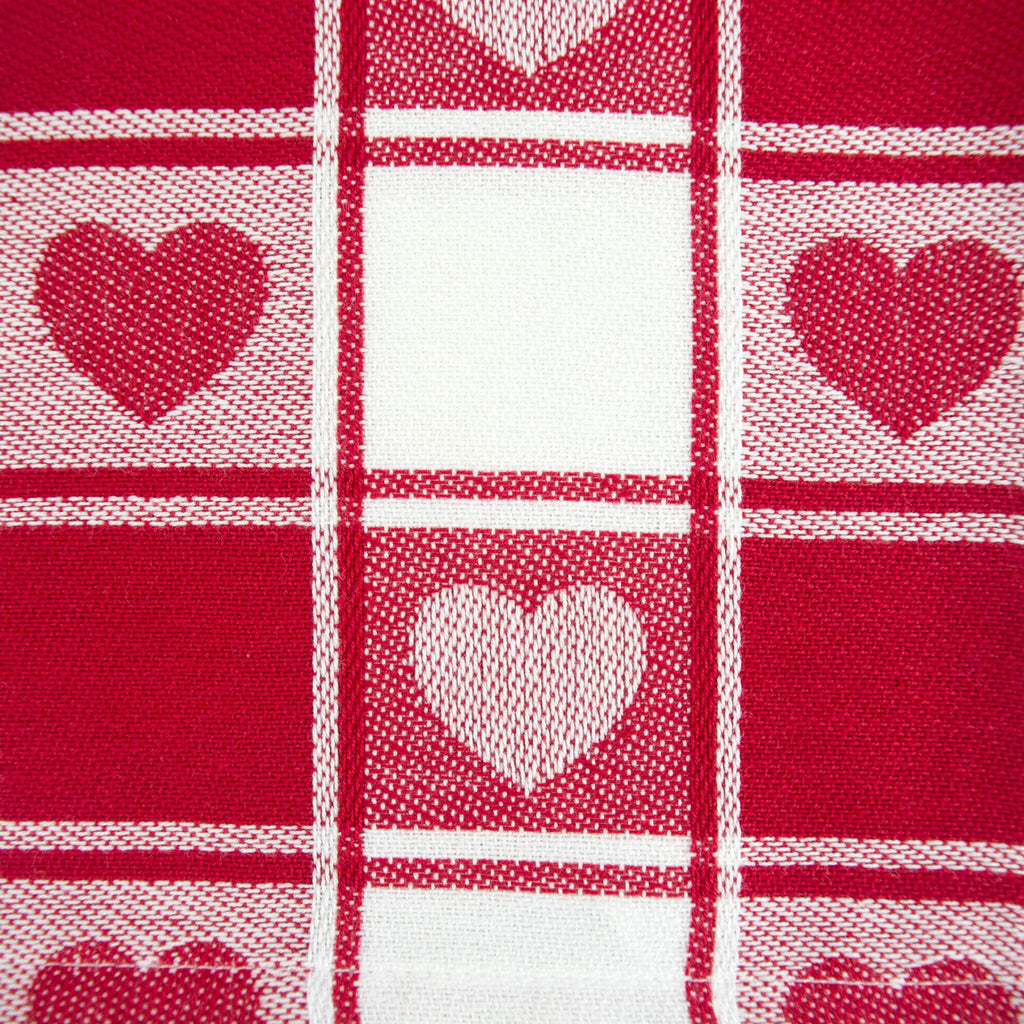 DII Hearts Woven Check Tablecloth