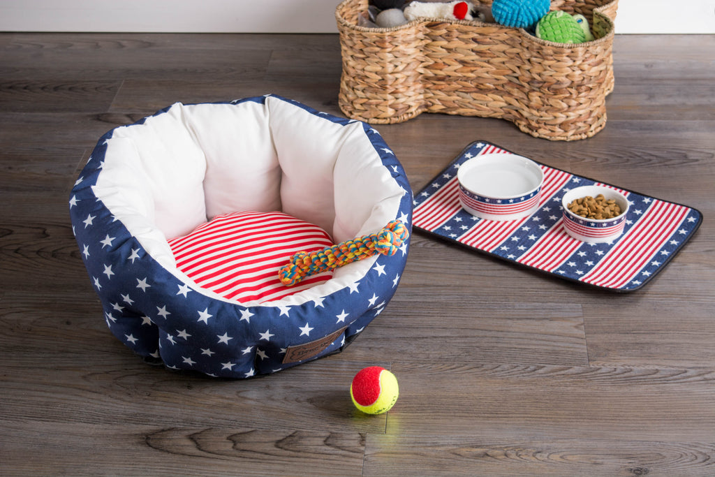 DII Stars & Stripes Pet Bed Circle Small