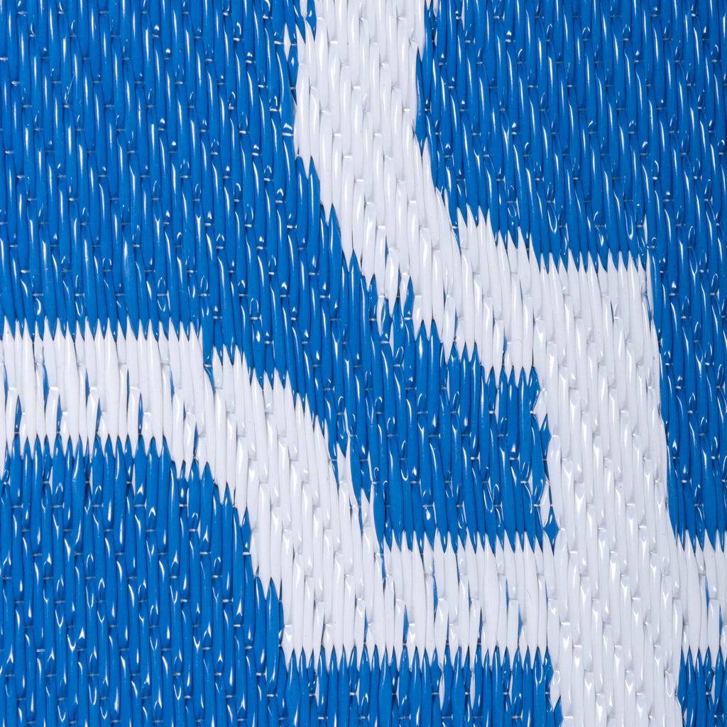 DII Blue Lattice Outdoor Rug