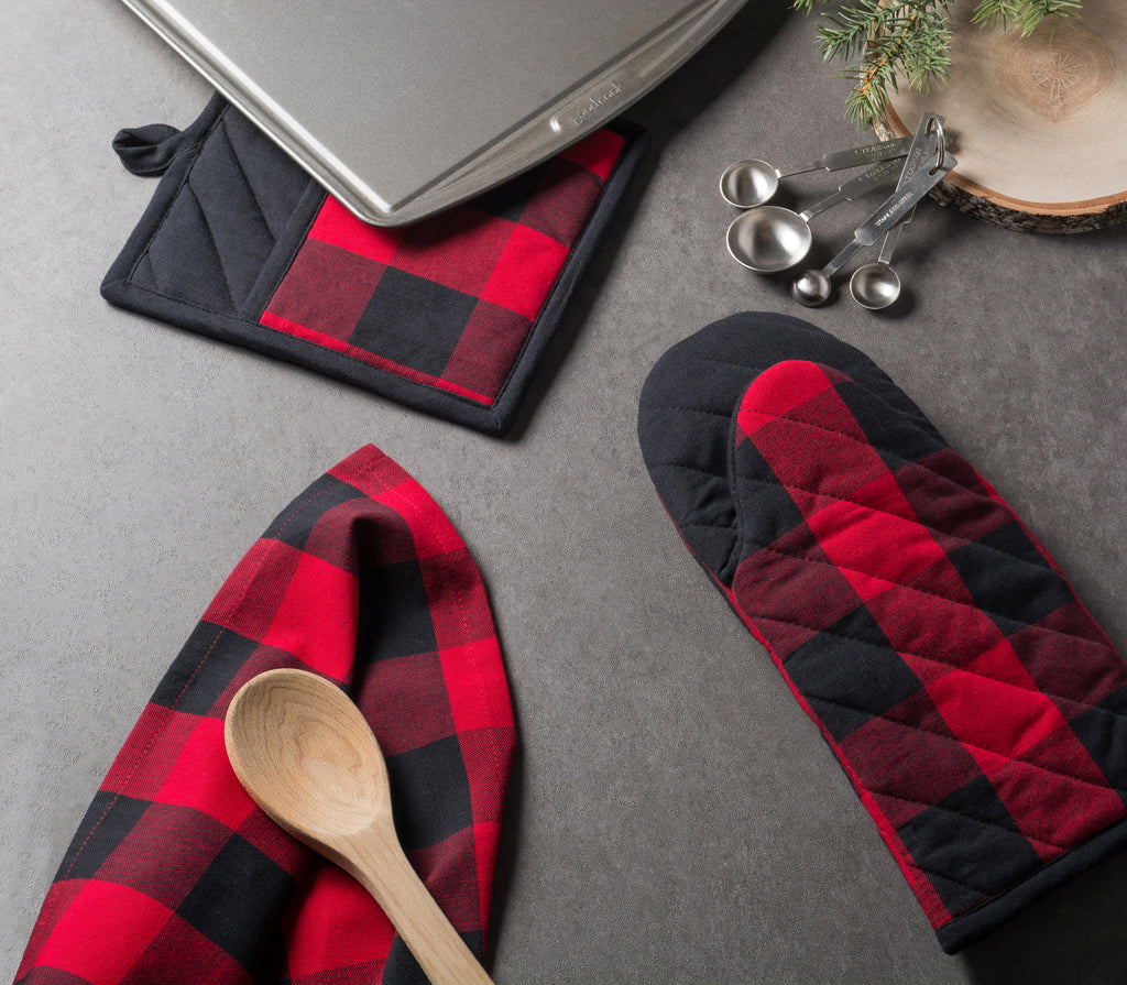 DII Red Buffalo Check Oven Mitt (Set of 2)
