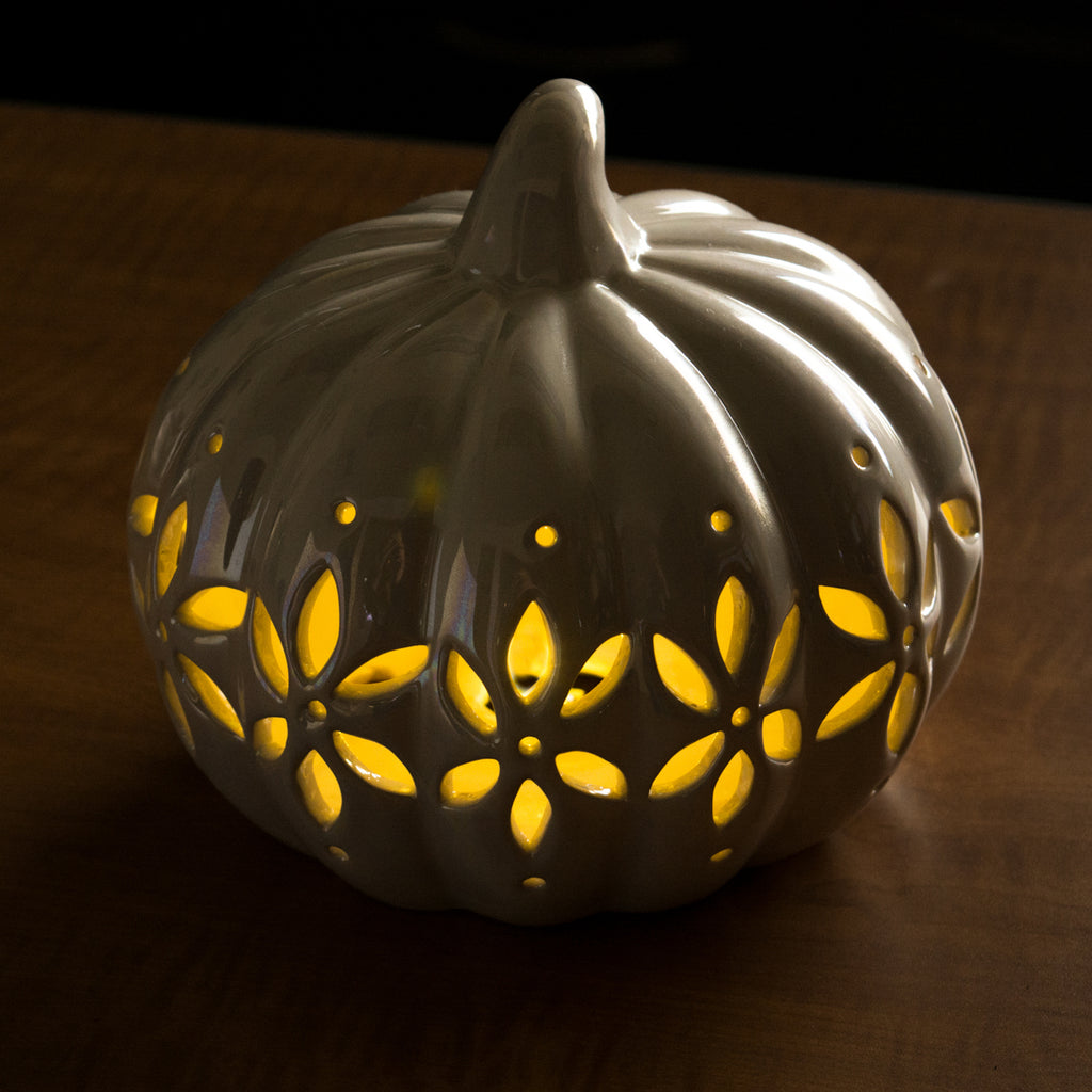DII Short Pearl White Pumpkin With Flower Lantern