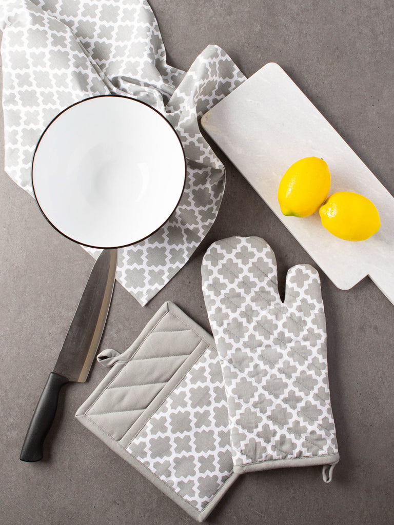 DII Gray Lattice Oven Mitt (Set of 2)