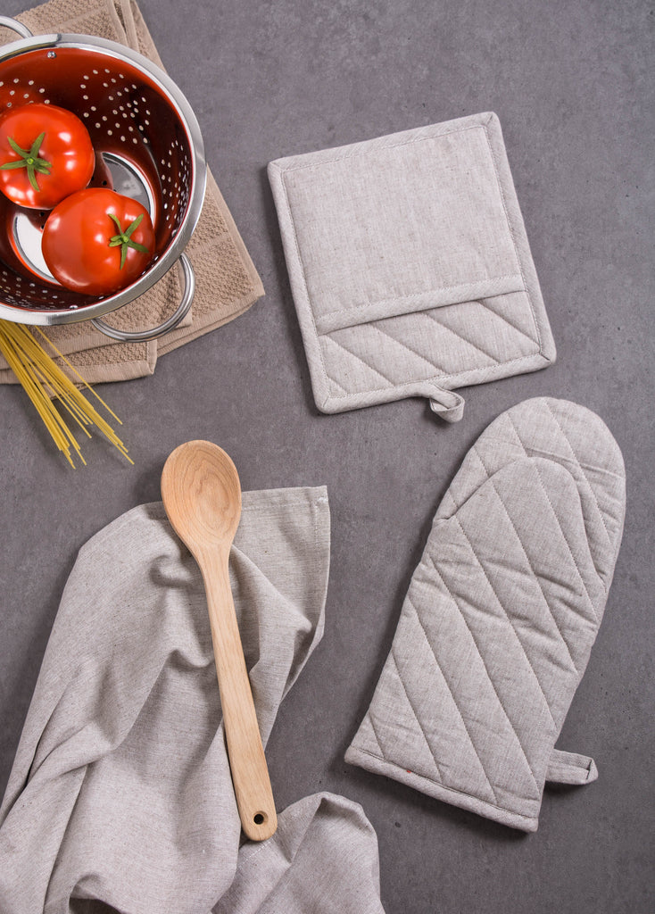 DII Stone Brown Solid Chambray Oven Mitt (Set of 2)