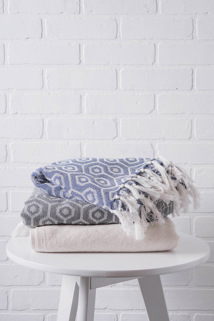 DII Mineral Hexagon Throw