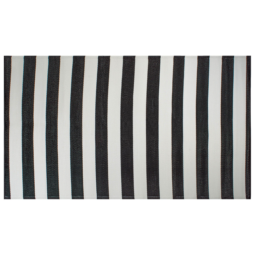 Black/White Stripe Outdoor Rug 4x6 Ft