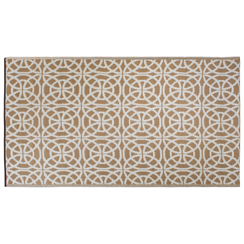 Taupe Infinity Circle Outdoor Rug 4x6 Ft