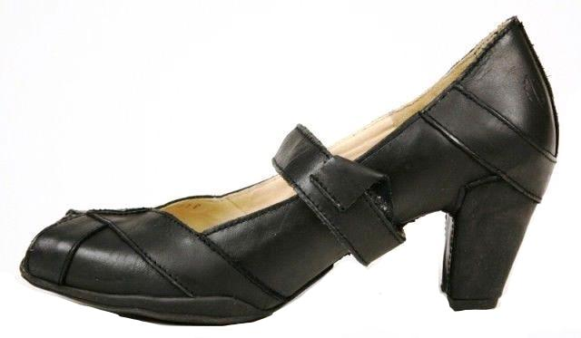 Sergio Tomani Womens Black Leather Mary Jane Heels SZ 7 US 37 EU