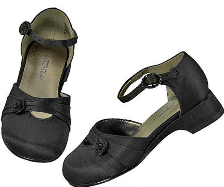 Kenneth Cole Bliss Girls Black Dress Shoes SZ 8 (Toddler)