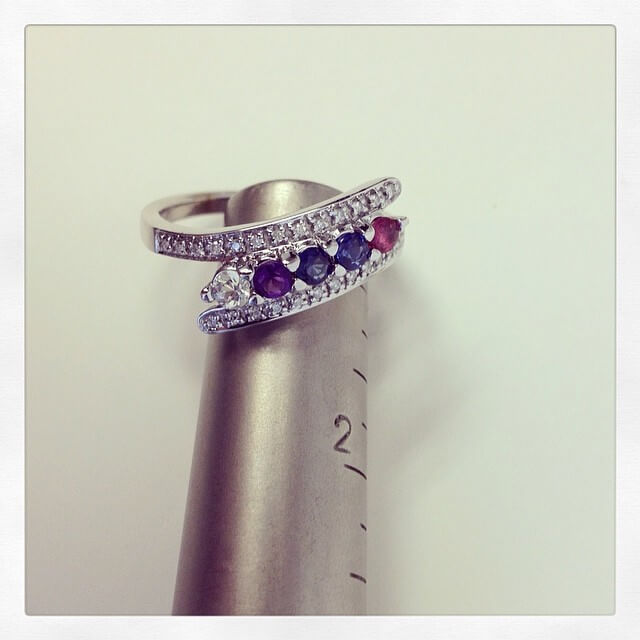 5 Stone Mothers Ring