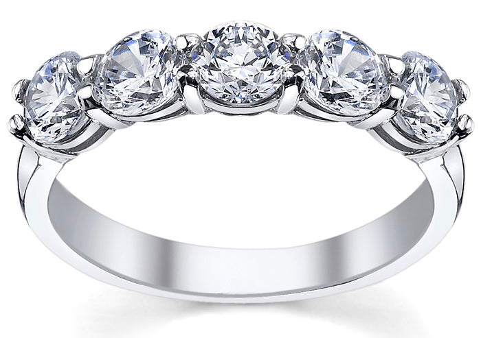 Celebrate Five Years Of Marriage With A 5 Diamond Engagement Ring