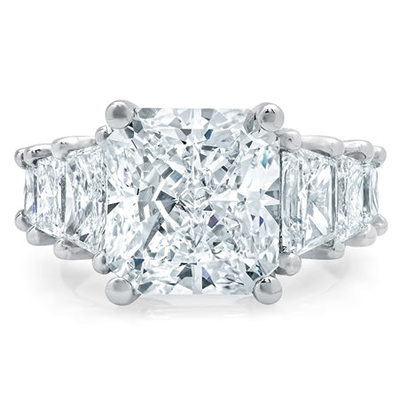 radiant-engagement-ring-with-trapezoids