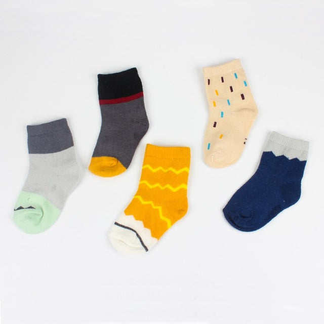 5 Pairs Set of Cute Socks for Babies, Toddlers and Kids Years 2-10, 95% Cotton