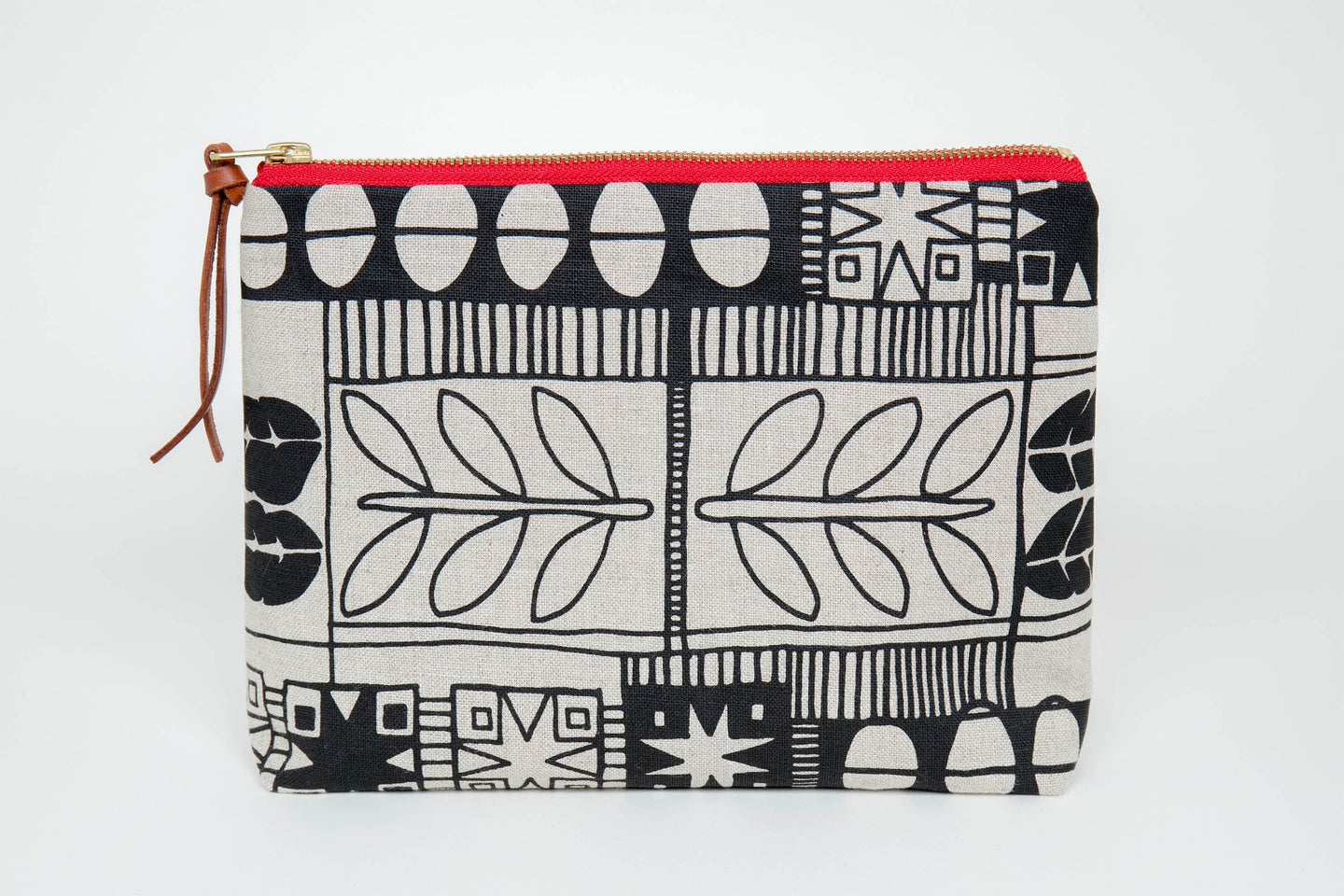Large Pouch Retro Leaf