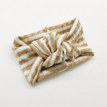 Load image into Gallery viewer, Classtic Turban | Caramel & White Stripe