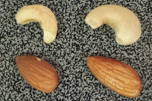 almonds_cashews_raw_soaked_dry_nuts_pic