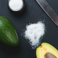 avocado_knife_salt_pic
