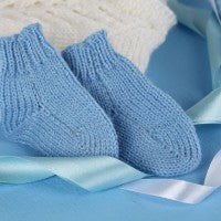 baby_boy_blue_clothing_socks_ribbon_pic