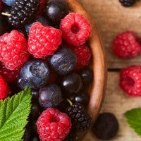 berries_colorful_raspberries_blueberries_blackberries_pic