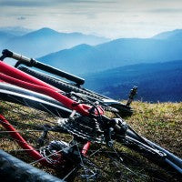 bike_mountain_scene_pretty_fun_adventure_fit_pic