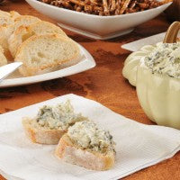 bruschetta_artichoke_broccoli_dip_pretzels_party_pic