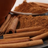 cinnamon_sticks_powder_pic