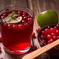 cranberry_juice_spoon_fruit_drink_pic