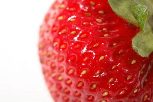 delicious_strawberries_are_nutritious_too_pic