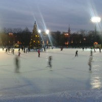 ice_skating_outside_night_fun_community_christmas_tree_holiday_cold_pic