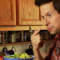 jason_wrobel_eating_salad_image